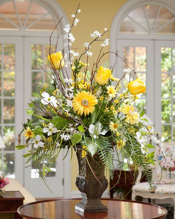 Large arrangement substitute sunflowers for the gerbers