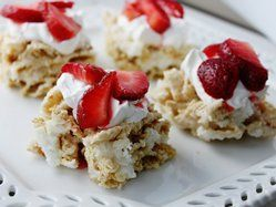 Strawberry Shortcake Chex Treats - I'm thinking Alexandra's birthday...
