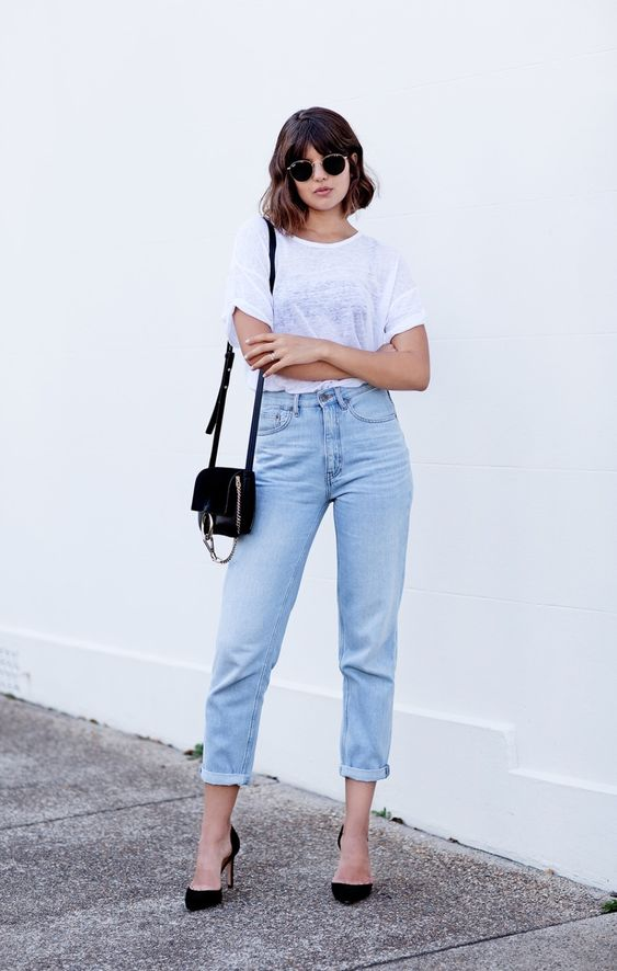 Favourite Mom jeans and white t-shirt combo