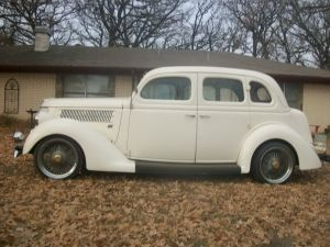 1936 ford 4 door humpback sedan 1935 ford pinterest for 1936 ford 4 door sedan for sale