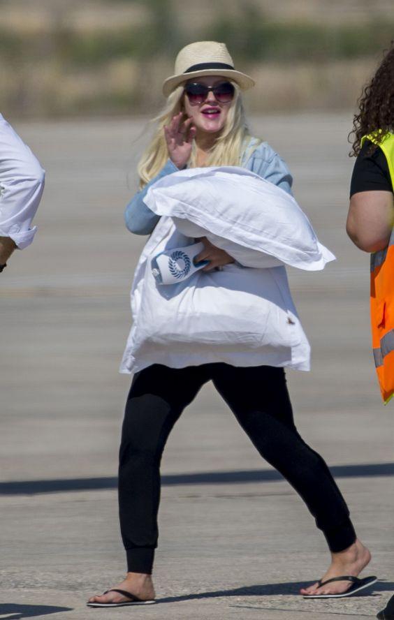 Christina Aguilera #ChristinaAguilera Paphos Airport in Cyprus 07/09/2017 http://ift.tt/2xKl0Ep
