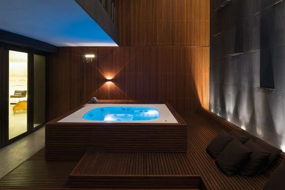 Exclusive Luxury Spa In Milan Italy The Bulgari Spa Bulgari Hotels Bvlgari Hotel Bulgari Hotel Milan