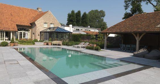 Binnen- en Buitenzwembaden op maat | Willy Naessens Swimming Pools