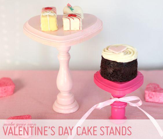 Mini cake stands!