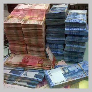 Gambar2 Uang Meme Lucu Uang Banyak Banget Gambar Lucu Terbaru Lucu Meme Lucu Uang