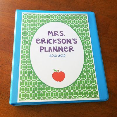 Free printables to create your own teacher binder. Great organization for back-to-school!