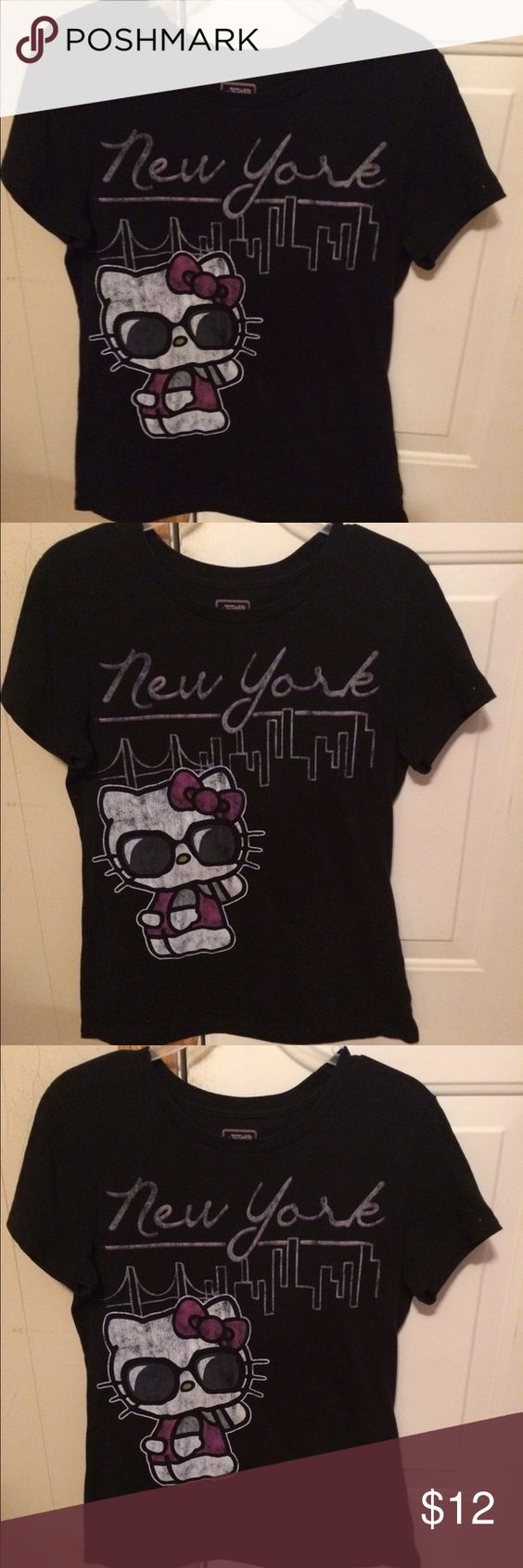 Black t shirt old navy - Old Navy Hello Kitty Tee Shirt Old Navy Hello Kitty Black Tee Shirt With A Pic