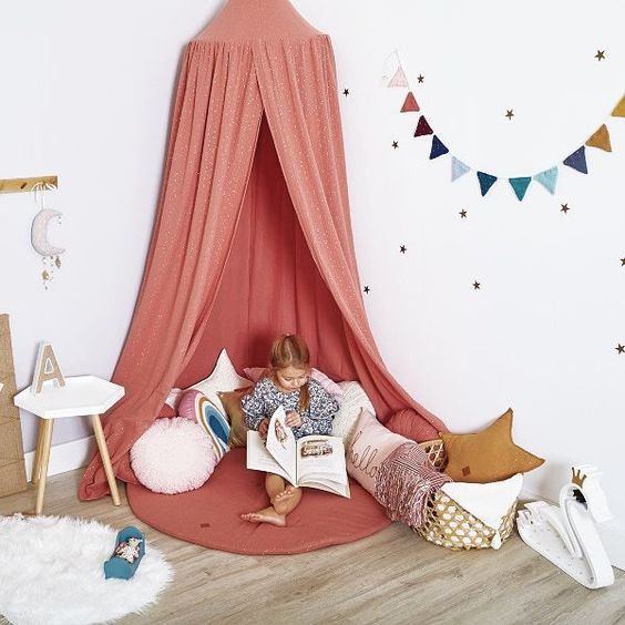 Bed Canopy + Floor Mat + Pillows - Coral