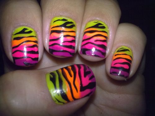 fantastic... my nails would look like this all the time if I was skilled enough to do this.