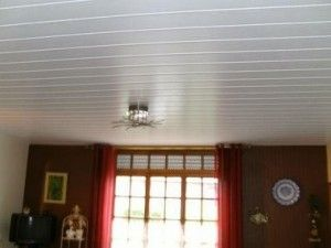 Pose d'un faux plafond lambris pvc ou suspendu