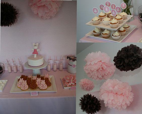 aaaaahhhh!  love it!  adorable bunny first birthday party