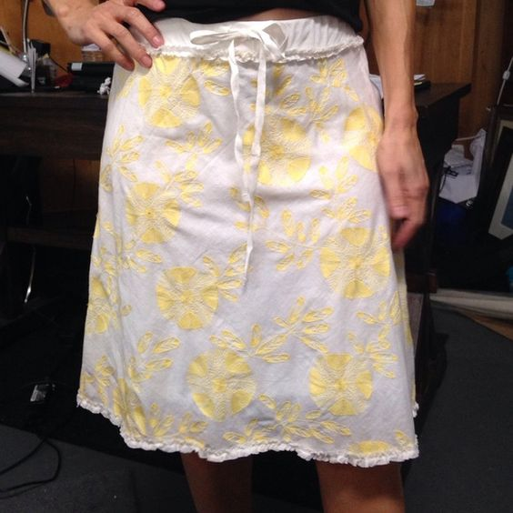 Skirt Beautiful yellow embroidered flowery skirt with ruffles around top and bottom. Only worn once! Sophie Maxx Skirts Midi