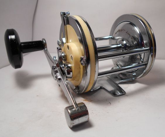 Vintage garcia mitchell 624 saltwater conventional fishing for Old mitchell fishing reels