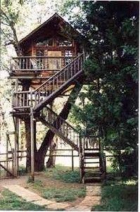 Dormir dans une cabane dans un arbre en Oregon, Etats-Unis : http://www.trip85.com/2011/02/21/dormir-dans-une-cabane-dans-un-arbre-en-oregon-etats-unis/