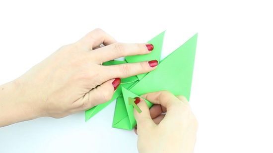 Paper Weaponry - how to articles from wikiHow | 309x550