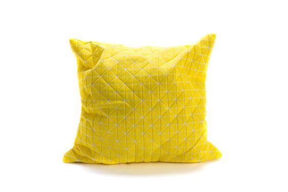 Origami throw pillow, cuscino contemporanea, 19.5X19.5, 50 x 50, giallo stampato cuscino pieghevole, accessorio di arredamento casa