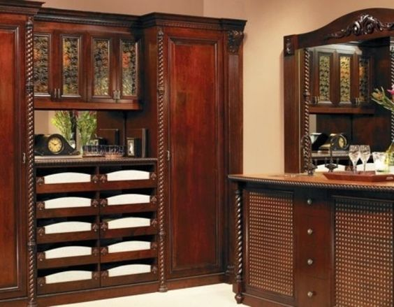 Closet Factory, Custom Walk-in #Luxuryclosets #Closetdesign Learn more: http://www.closetfactory.com/