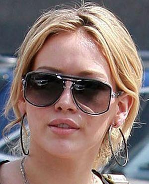 discount real oakley sunglasses vm01  Hilary Duff in \u0026#39;Berwick\u0026#39; Oliver Goldsmith discount real  oakley sunglasses