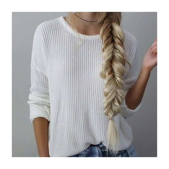Amamos aquele penteado simples, despretensioso e cheio de estilo!  #hairstyle #penteado #trança #braids #beauty #beleza #estilo #style #modaparameninas #fashionblog #instablog #inspiraçao