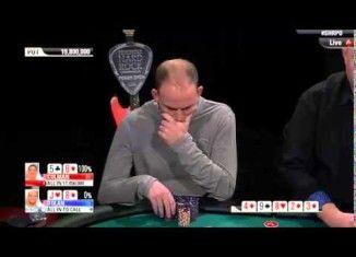 #poker #herocall #herofold #videopoker Esas cosas del poker... pensaba que lo tenía ahí, con un par, pero no contaba con la mano de Colman que lo dejó afuera...