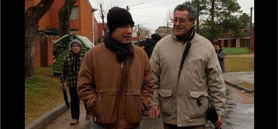 @jaarreaza : RT @UNoticias: Arreaza conoció experiencia de la autoconstrucción de vivienda en Uruguay https://t.co/jPuQU1Pv6b  https://t.co/KcLLLjfTGj