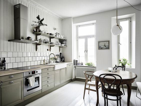 Johanna Bradford's stunning home for sale, via http://www.scandinavianlovesong.com/