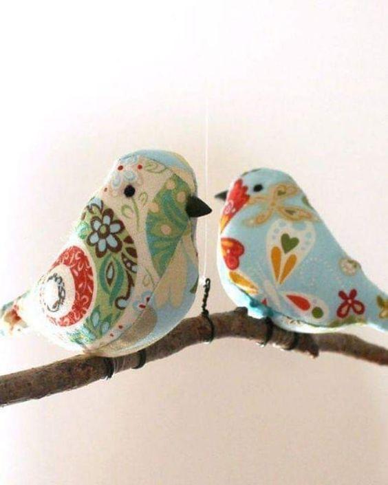Making a Spring Bird Souvenir on Your Own - Alaskacrochet.com