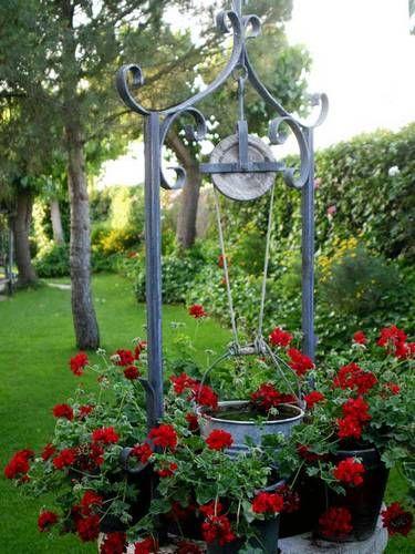 Pozo de agua decorado buscar con google like my pinterest google for Juegos de jardin vintage