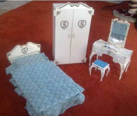 My Sindy bed, wardrobe and dressing table from late 1970s.