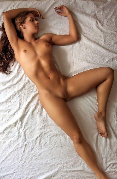 фото красивых голых женских ног