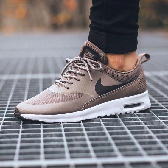 Die neuen Nike Air Max Thea, wem gefallen sie? Hier erhältlich ➡
