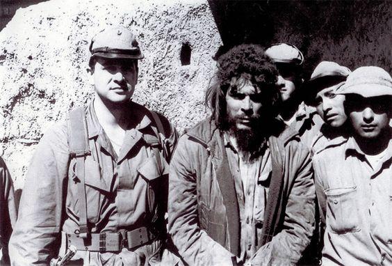 Last photo of Che Guevara alive / Última foto con vida del Che Guevara El dia 9 de OCtubre de 1967 en el pueblo de La Higuera (Bolivia) el Che Guevara (Ernesto Guevara) era fusilado por el ejercito boliviano.