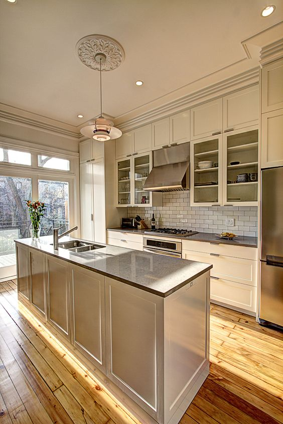 Kitchen in brownstone renovation in park slope brooklyn for Brownstone kitchen ideas