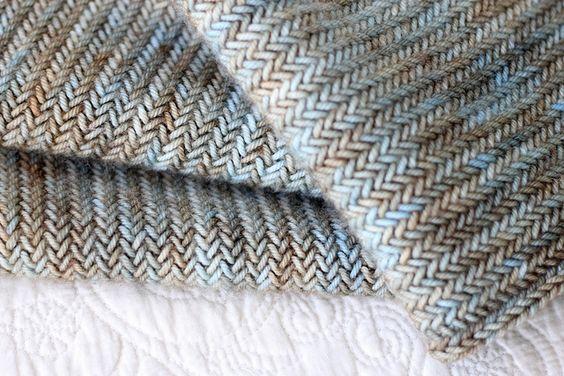 gorgeous herringbone knitting from owlish, ravelry. purl bee pattern, madelinetosh yarn.