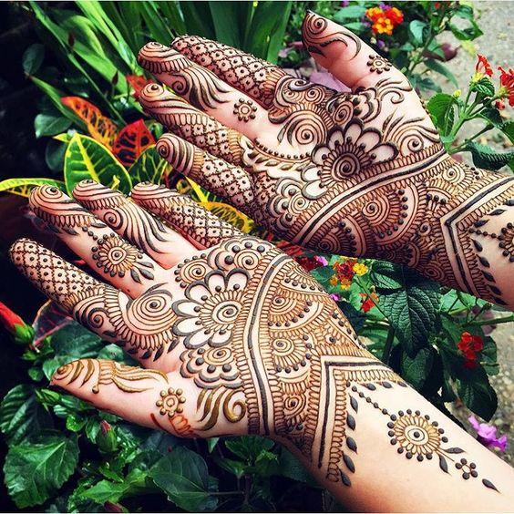 Henna @maplemehndi