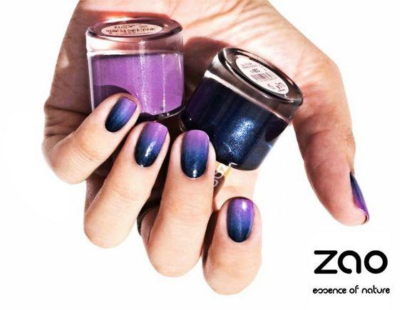 ZAO NAIL POLISH Siyah ve Mor renkleri ile tırnaklarına göz alıcı bir şıklık katıyor. FARKI DENEYİN ! http://www.zaoorganicshop.com/ https://www.lilakutu.com/markalar/zao-organic http://www.dermoeczanem.com/zao-makyaj