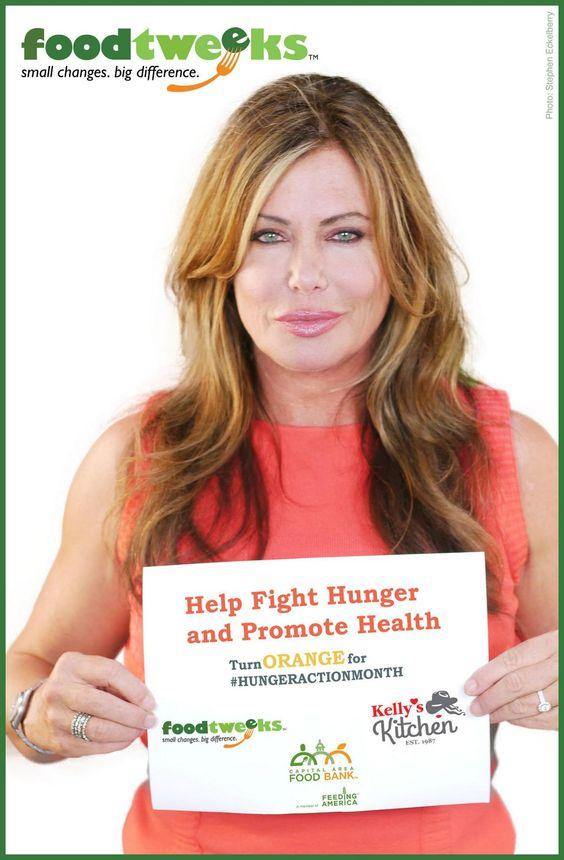 #hungeraction w/ @KellyLeBrock #GoOrange social blitz #foodtweeks4foodbanks sign up http://bit.ly/VYPbjE @CAFBTX RT pic.twitter.com/LCQK7WN7vj