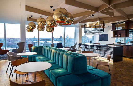 Jellyfish Client Bar - The Shard. Copyright: Workplace Creations Ltd. #interiors…