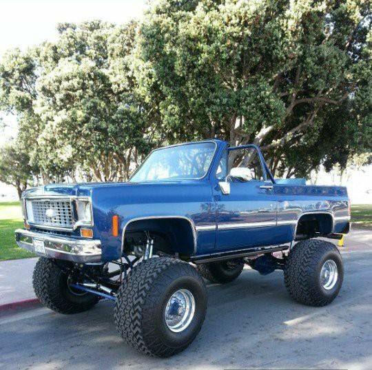 73 75 K5 Blazer Lifted Chevy Trucks Chevy Trucks Gm Trucks