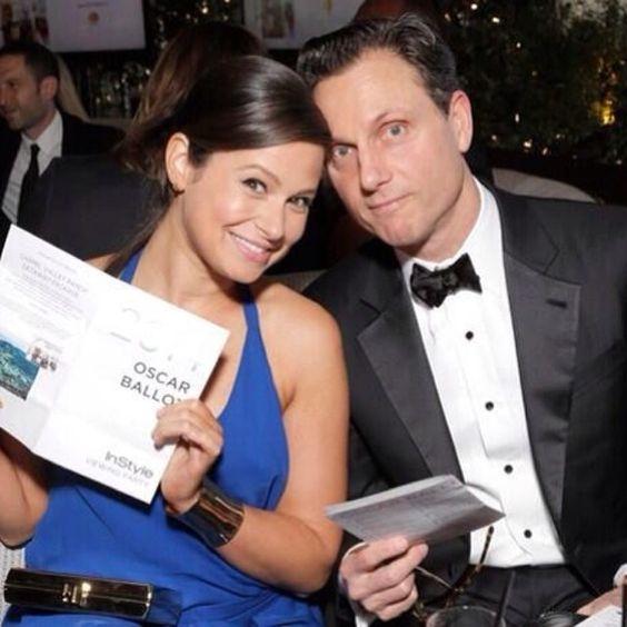 Katie Lowes and Tony Goldwyn