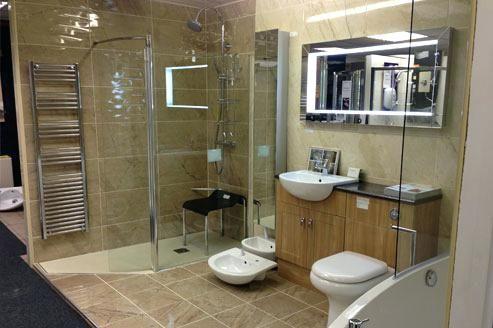 Bathroom Showrooms That You Can Make Stylish And Elegant Decorifusta In 2020 Bathroom Showrooms Elegant Bathroom Traditional Bathroom