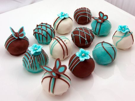 Cake balls are my new hobby! I have started selling them and hope to continue selling them this year!