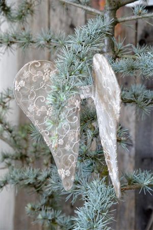 Tulle Angel Wings Would love these angel wings in a light-weight wood