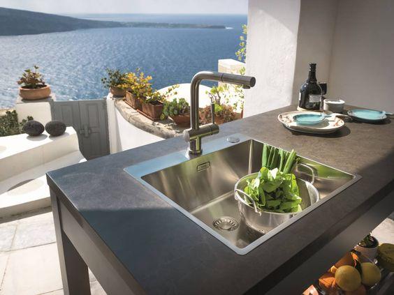 Avec une vue Pareille, faire la cuisine est un Plaisir.!! http://bit.ly/294VY8e
