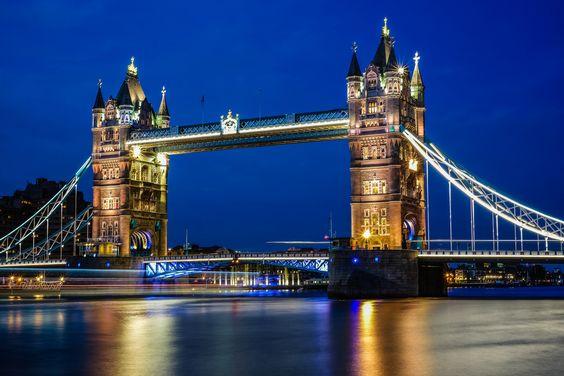 10Best: Beautiful Bridges: Slideshows Photo Gallery by 10Best.com - Tower Bridge, London