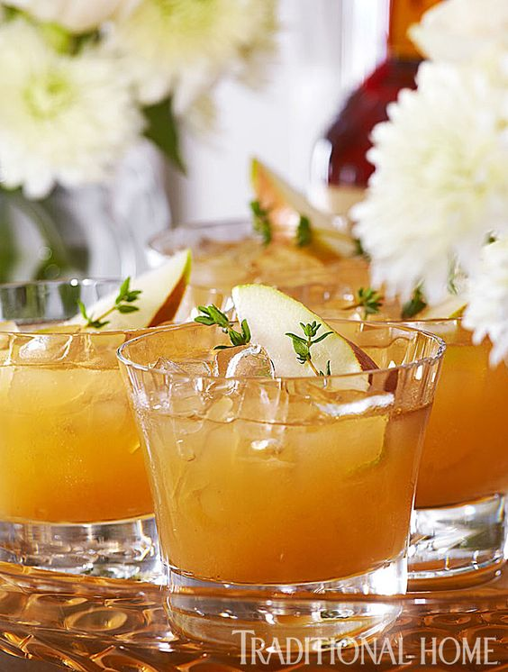 This Pear Old-Fashioned is a fall concoction of the classic cocktail ...