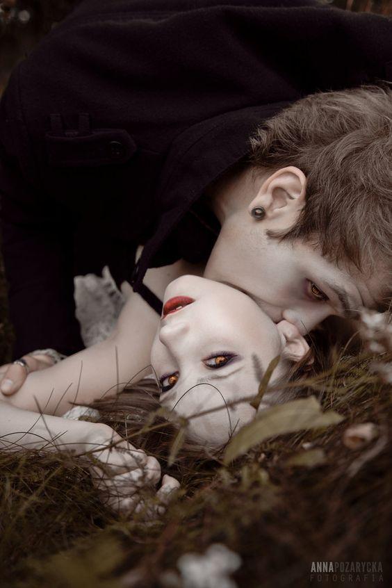 vampire man bites girl