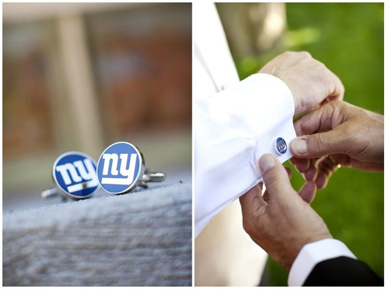 NY Giants Cufflinks...see if they come I'm eagles!