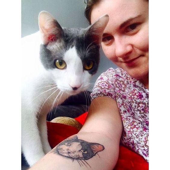 Tatuagem cicatrizada... #tattoo #tatuagem #cat #cattattoo #color #ink #inked #draw #drawing #inspiration #newhope #newhopetattoo #itsmylife #tiagomendestattoo