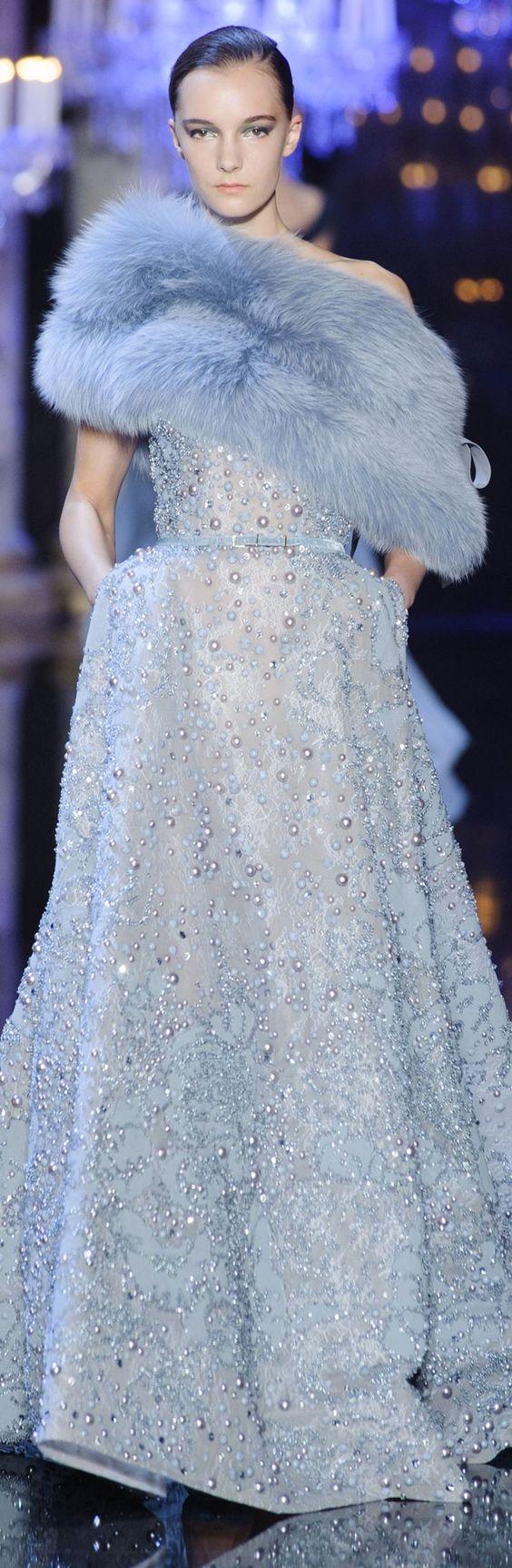Elie Saab •☆•*¨*•¸¸¸.•*¨*•☆ exquisite dress and blue color